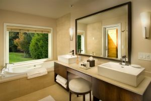 RS29_Spa_Cottage_Bathroomhpr